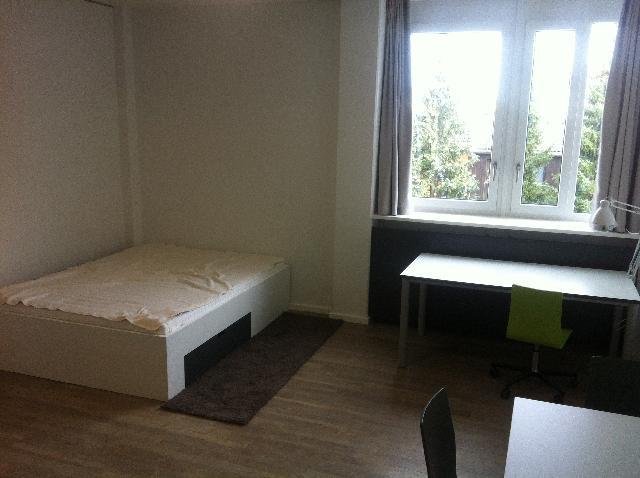 wohnung m nchen milbertshofen riesenfeldstr 75. Black Bedroom Furniture Sets. Home Design Ideas